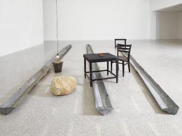 Joseph Beuys, Basisraum Nasse Wäsche, 1979 © Mumok – Museum moderner Kunst Stiftung Ludwig Wien, Leihgabe der Österreichischen Ludwig-Stiftung, seit 1981 / Bildrecht, Wien 2021