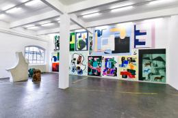 """Ausstellungsansicht """"La fine ligne"""", mit Werken von Linus Bill + Adrien Horni. Photo: Kunst Halle Sankt Gallen, Sebastian Schaub"""