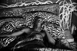 Lenny Kravitz: Trombone shorty on pone  (© Leica Galerie München/ Lenny Kravitz)