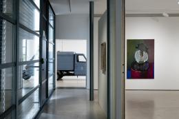 """Kunsthaus Zug, """"ZuZug aus Osteuropa"""", Ausstellungsansicht © Foto Jorit Aust"""