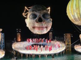 Es geht um Kopf und Kragen für und um Rigoletto, Foto: R.Schmitt