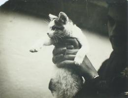 T. Lux Feininger (1910–2011): Clemens Röseler and Luscat, 1928. Silbergelatinepapier, 8 x 10,5 cm; Sammlung Gerd Gruber, Wittenberg. © Nachlass von T. Lux Feininger