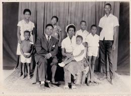 "Monique Mbeka Phoba, ""A Family Album Photo 3"" © Monique Mbeka Phoba"
