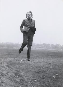 Dieter Meier, Jumps, 1974 Schwarzweissfotografie, 14,7 x 10,5 cm Kunsthaus Zürich, 2012, © Dieter Meier