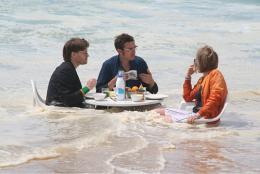 Petit dejeuner en pleine, GASTSTUBE im Atlantischen Ozean, 2006 (Bild: zVg)
