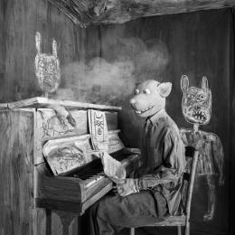 Roger Ballen, Smoked Out, 2020 © Roger Ballen