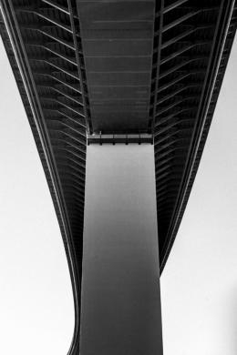 Till Brönner: Ruhrtalbrücke, Mülheim 2019. © Till Brönner + courtesy Brost-Stiftung
