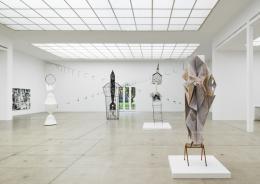 Tillman Kaiser, Im Dom, Ausstellungsansicht Secession 2019, Courtesy of the artist und Galerie Emanuel Layr Wien/Rom, Foto: Iris Ranzinger