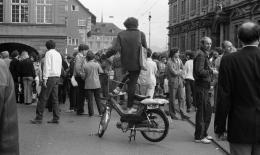 Gertrud Vogler, Demonstration vor dem Rathaus, 18. Juni 1980 (Schweizerisches Sozialarchiv).