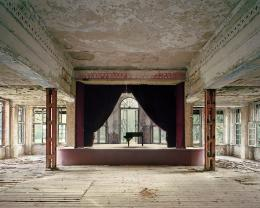 Boris Becker: Tanzsaal, 2014. 180 x 220 cm; VG Bild-Kunst, Bonn