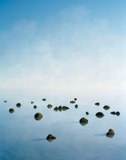 Thomas Wrede Islands, 2008 C-Print, 120 x 95 cm, Edition: 6/7 © Thomas Wrede, VG Bild-Kunst, Bonn 2019 / Courtesy the artist