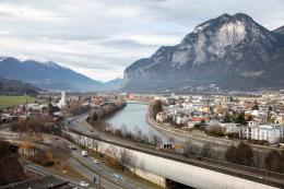 Innsbruck gegen Westen (Martinswand) 2018  © Webhofer