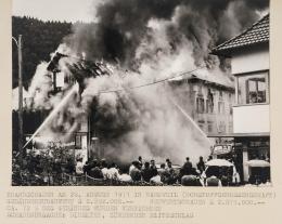 """""""Schadensfoto"""", dokumentiert von der Vorarlberger Landes-Versicherung V.a.G., 20. Jh."""