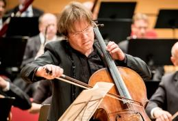 Der Cellist Jan Vogler (Bild: Pressefoto MDR/ © Andreas Lander)