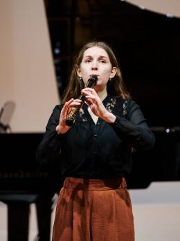 Julia Ziegler beeindruckte mit ihrem Blockflötenspiel die internationale Jury © Victor Marin