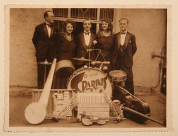 "Unbekannter Fotograf, Salonkapelle ""Original Sparinis"", 1920er,  Privatsammlung Weigel"