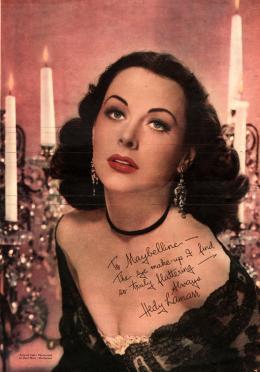 Hedy Lamarr macht Werbung für Maybelline, Zeitschriftenseite, um 1940 © Anthony Loder Archive