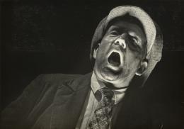 Willy Zielke Arbeitslos. Ein Schicksal von Millionen / Die Wahrheit. Ein Film von dem Leidensweg des Deutschen Arbeiters, 1933 Silbergelatinepapier Galerie Berinson, Berlin