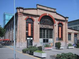 Nebenschauplatz des Zürcher Schauspielhauses: der Schiffbau (Bild: Berger at German Wikipedia/ CCO)